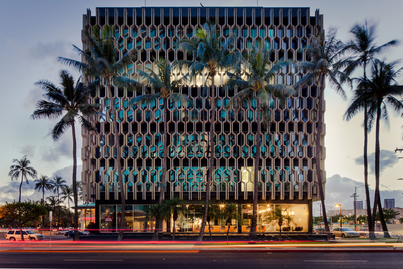 jeff-green-ibm-building-honolulu-hawaii-exterior-architecture