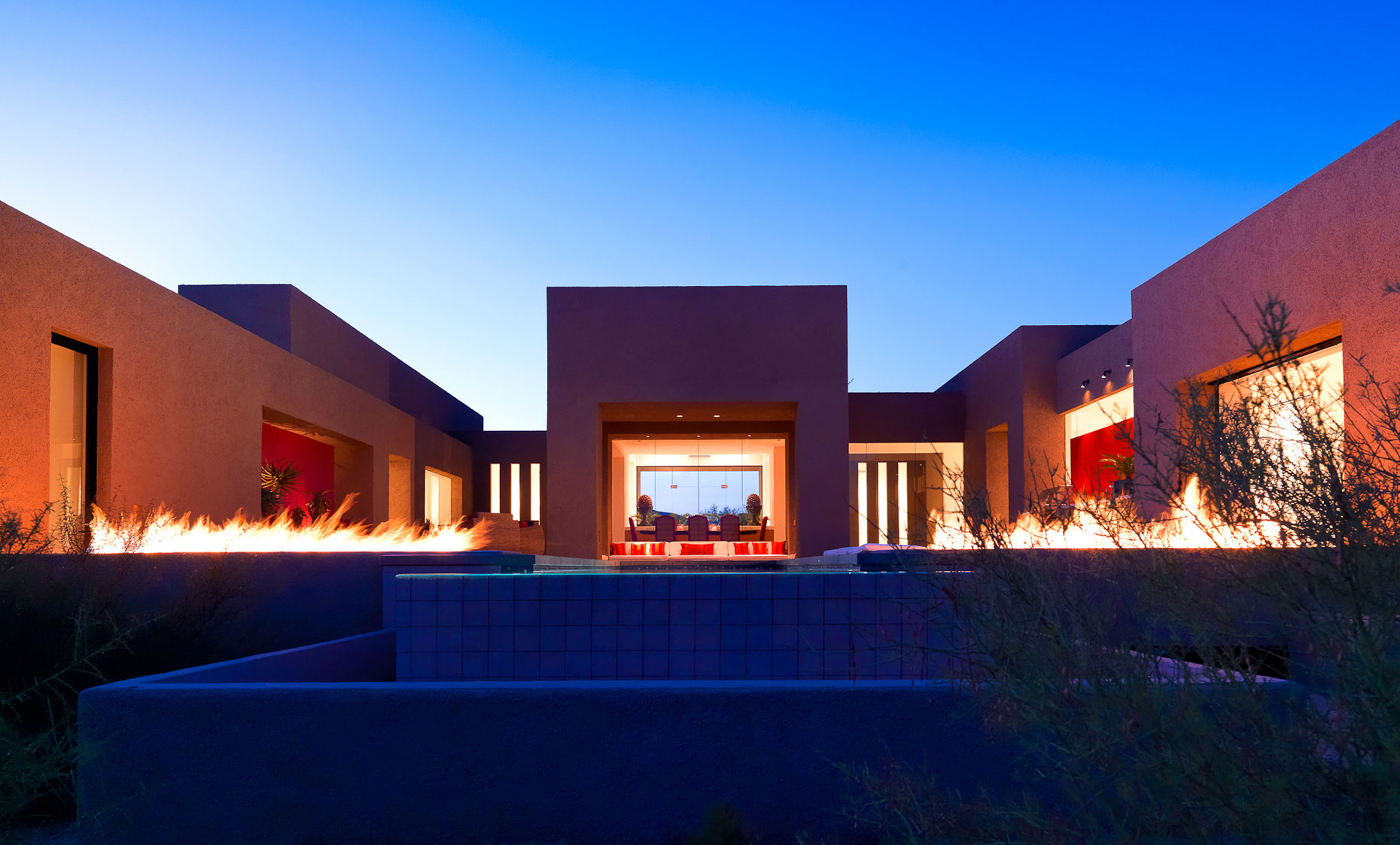 jeff-green-residential-architecture-exterior-scottsdale-arizona-custom-home-desert-mountain