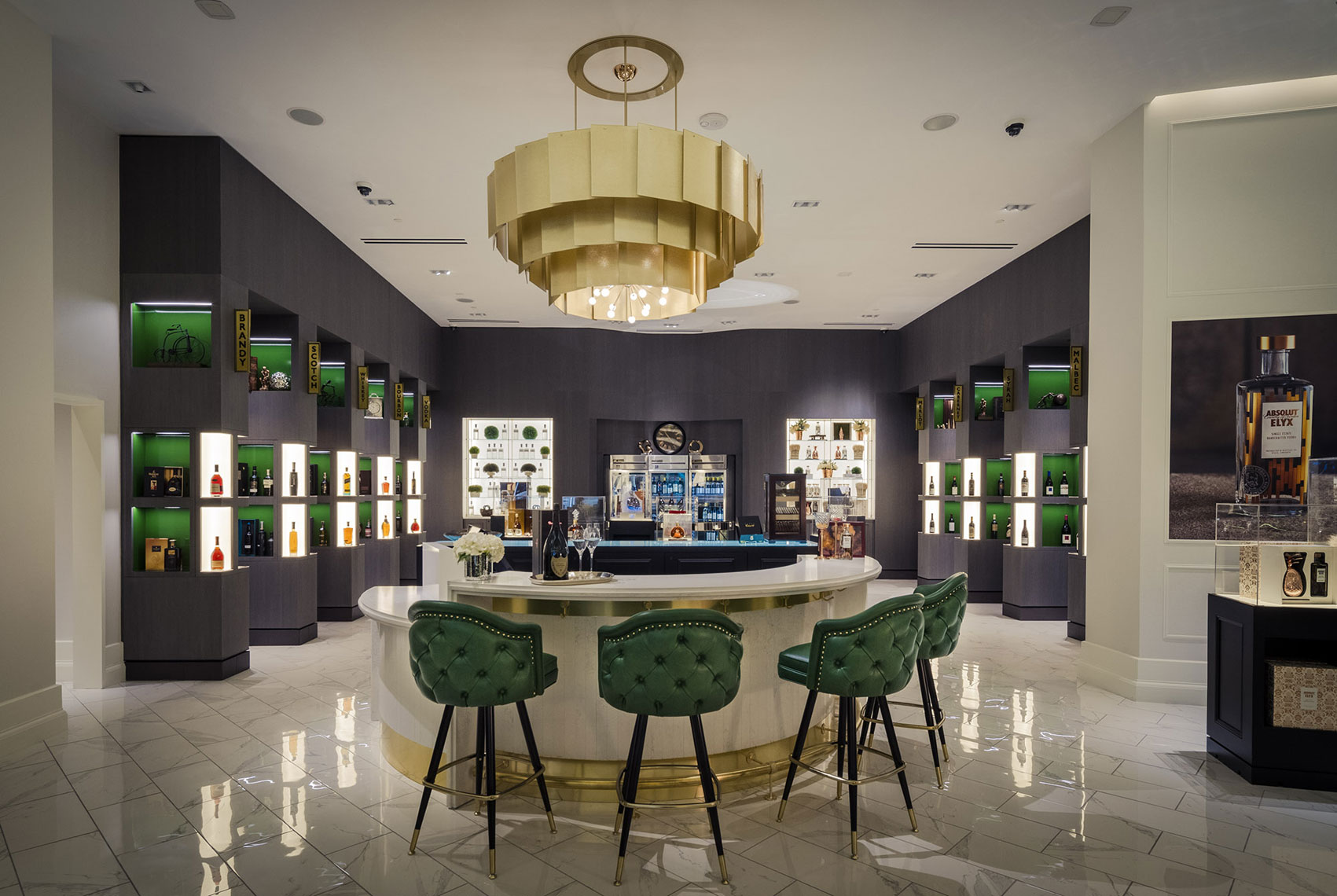 jeff-green-resort-interiors-retail-store-and-bar