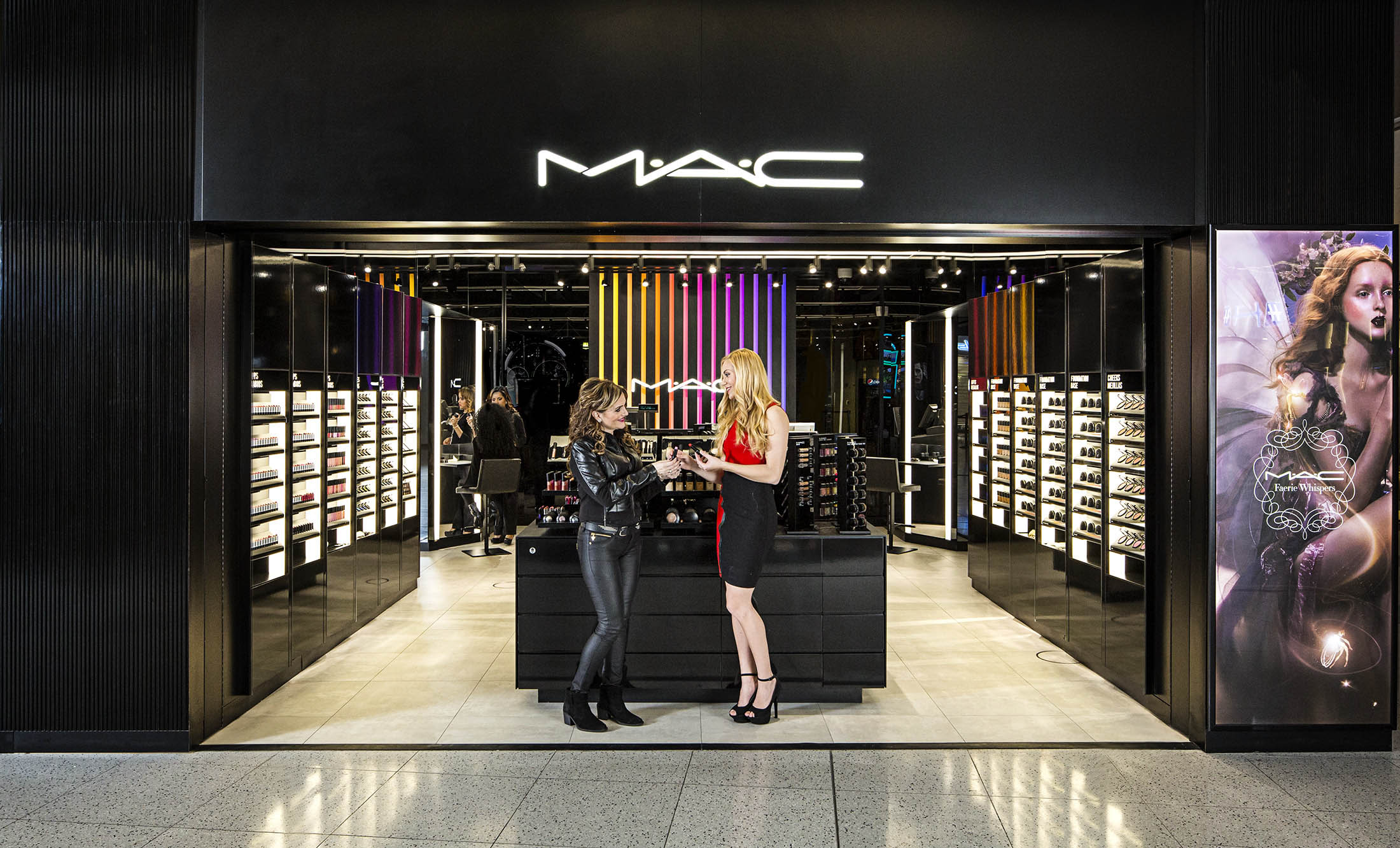 jeff-green-retail-interior-mac